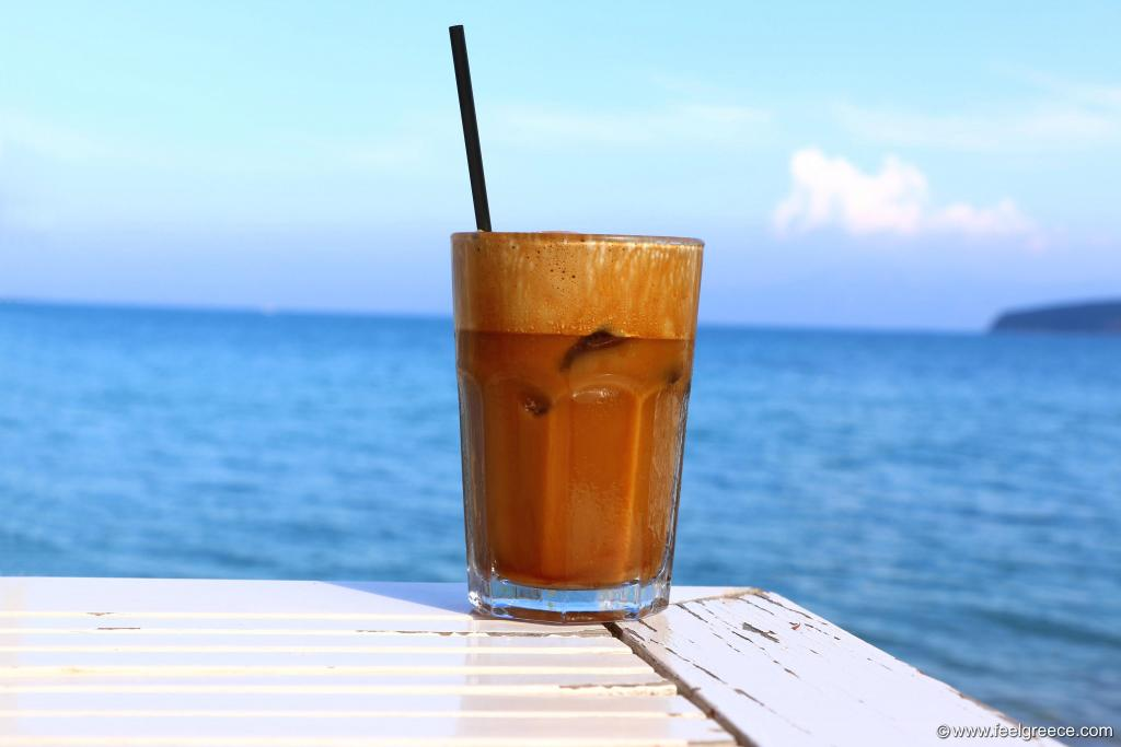 Frappe at the seafront of Nea Peramos