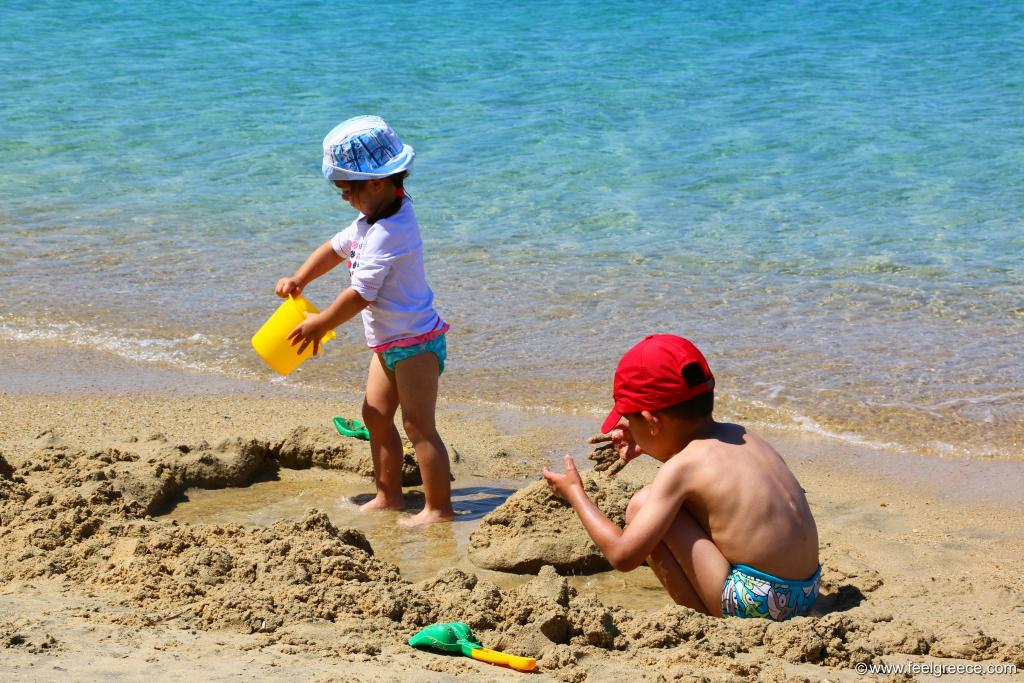 Kids playing with the sand